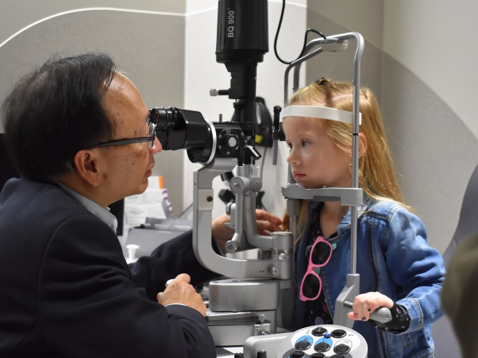 Imogen Pascoe attends her ophthalmology appointment with Dr Lam